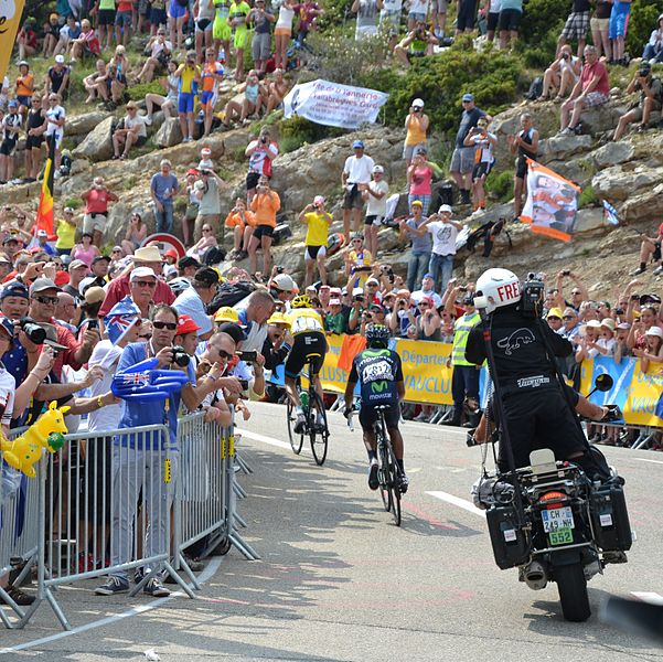 Froome attacks on Mont Ventoux, Quintana hangs on (Photo: Marianne Casamance)