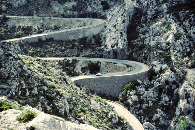 The Mountains of Mallorca - anyone fancy a spot of warm weather training? (Photo: Velodenz - Flickr - CC)
