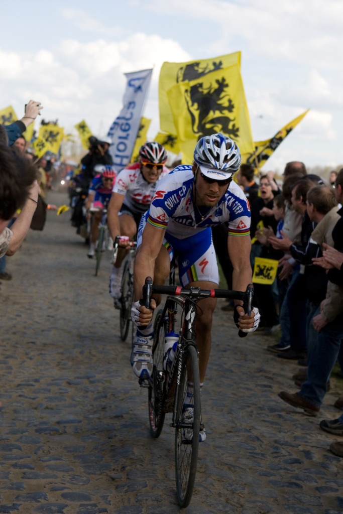 Tom Boonen at Paris-Roubaix (Photo: wikimedia commons - tetedelacourse)