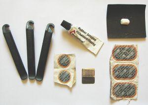 Puncture Repair Kit (Photo: Bjorn Appel - Wikimedia Commons)
