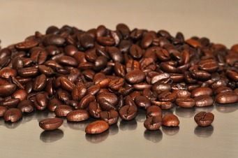 Coffee: beans, not granules (Image: www.pixabay.com)