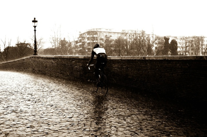 Dramatic...moody...could be a Rapha photo shoot (Image: pixabay.com)