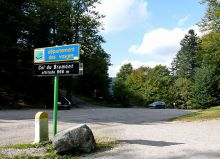 Col du Bramont - just look at all that gravel! (Imag: Ji-Elle via wikimedia cc)