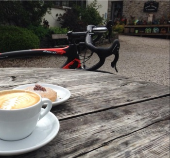 The café stops are always tempting too... (Image: ragtimecyclist)