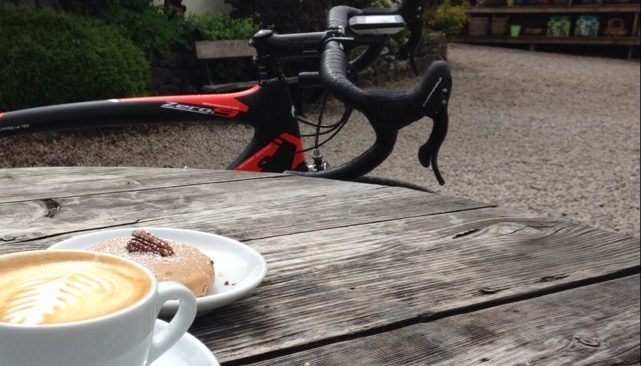 cropped-coffee-and-cake.jpg