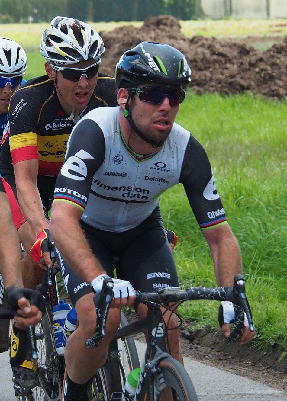 Mark_Cavendish,_Paris-Roubaix_2016