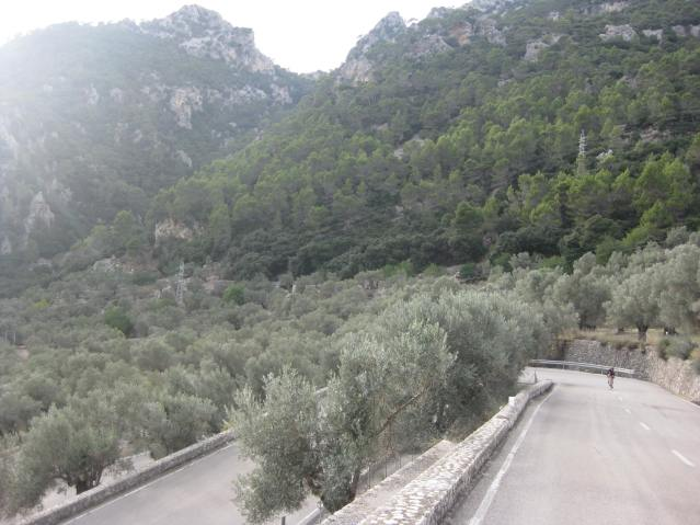 The_bends_of_Coll_de_Soller