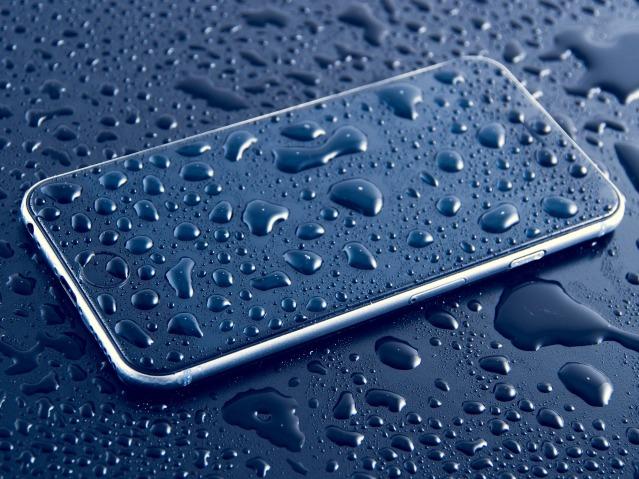 iphone-1067991_1920