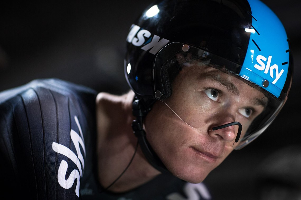Chris_Froome_-_The_First_Man_to_Cycle_through_the_Eurotunnel_(14407003470)