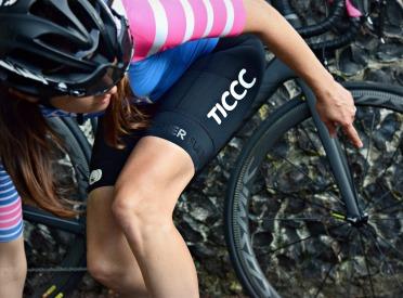 tic_cycling_bib_shorts_womens_black_08