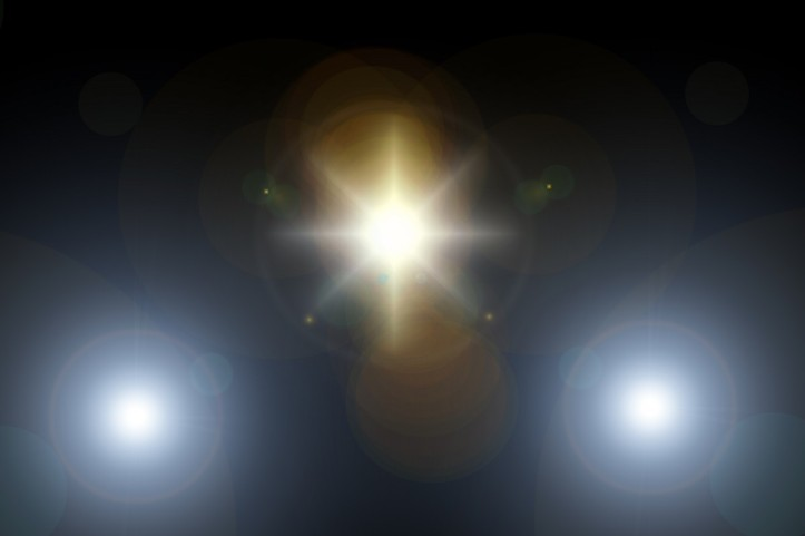 lens_flare_light_rays_spotlight_reflection_texture_background_bright-1196600