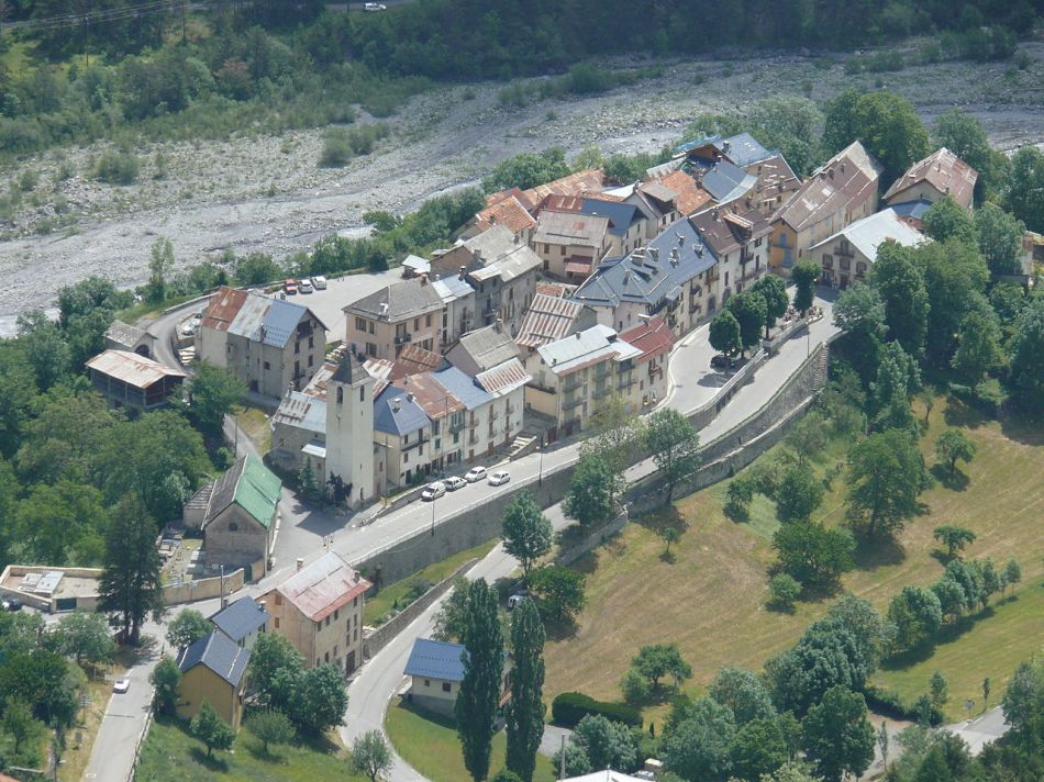 1280px-Saint-Martin-d'Entraunes